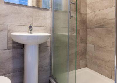 Twin 1 Bathroom