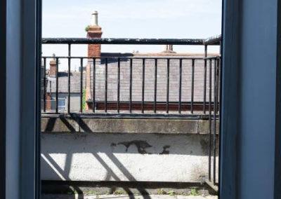 Twin 4 Balcony