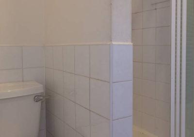 Twin 4 Bathroom 2